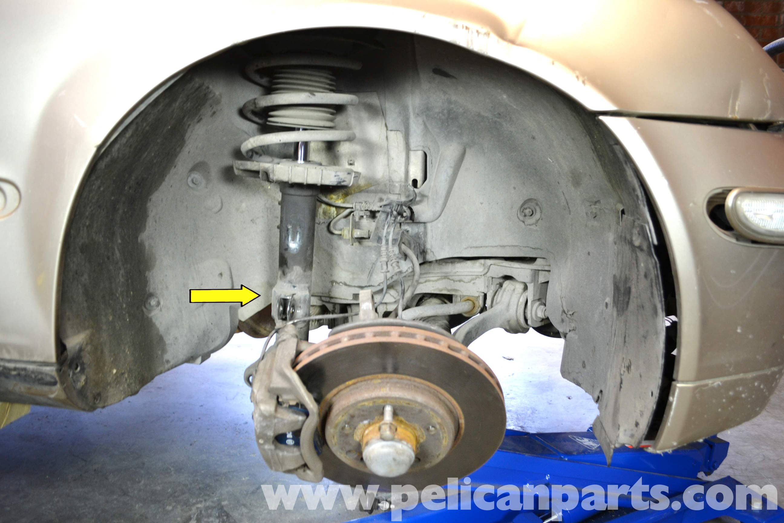 Mercedes Benz W203 Front Strut Replacement 2001 2007