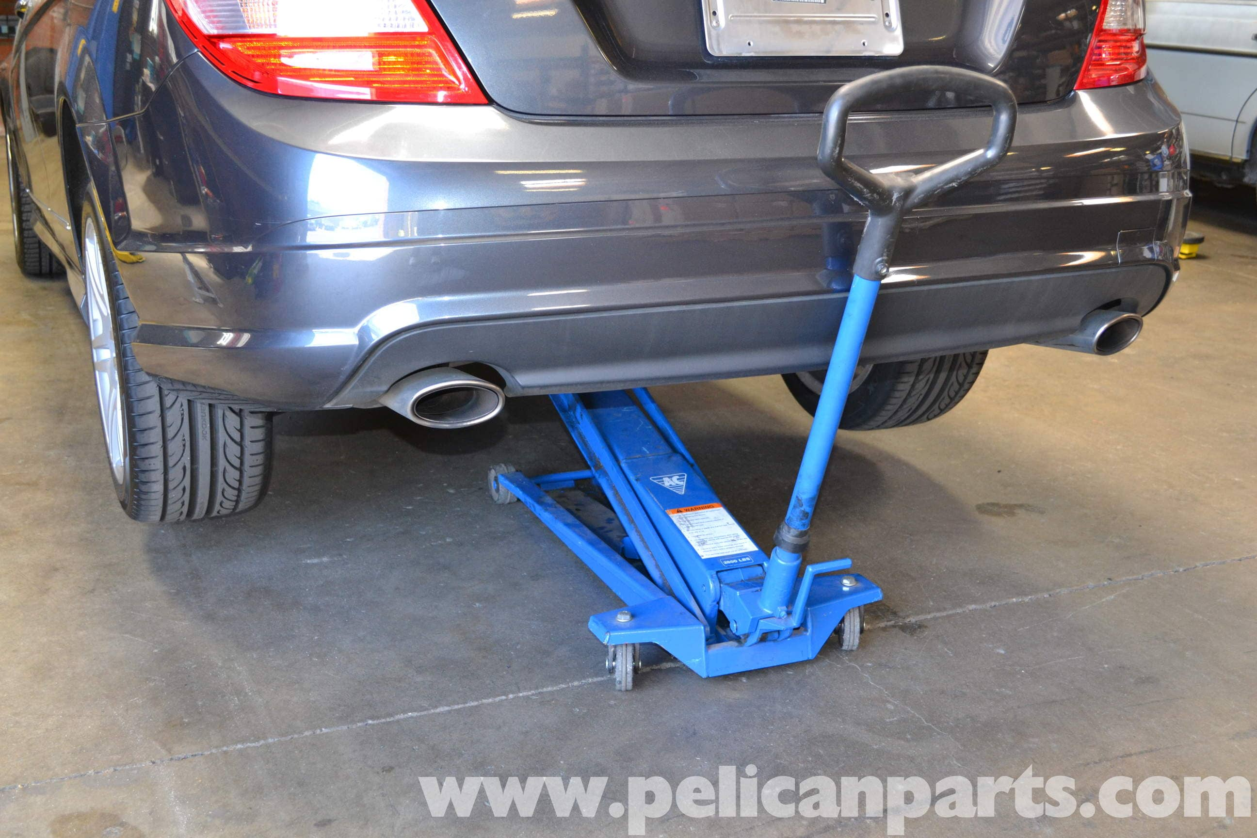 Mercedes Benz V Class Also Mercedes C300 Tail Light Wiring Diagram In