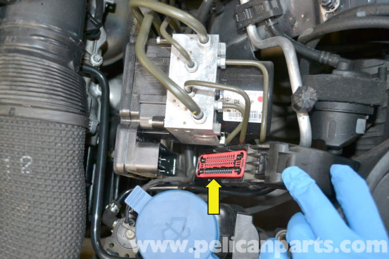 Mercedes-Benz W204 ABS Dynamic Control Module Replacement