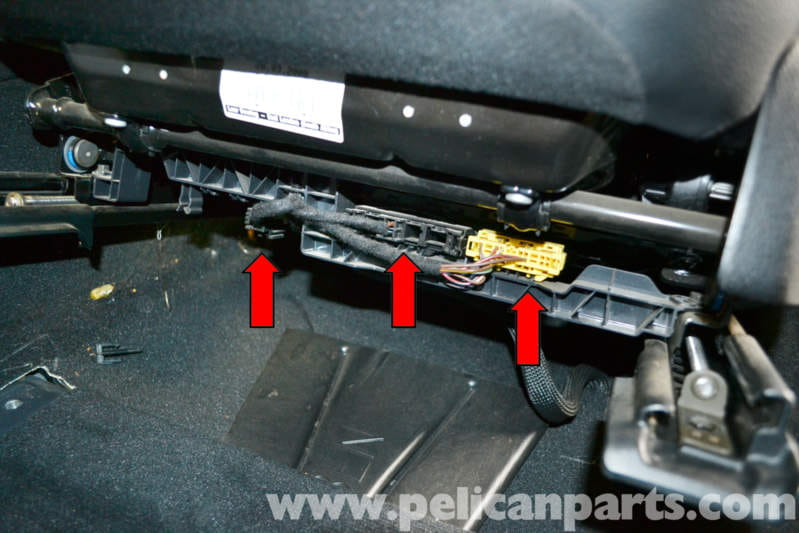 Mercedes benz w204 seat removal 2008 2014 c250 c300 for Mercedes benz driver seat replacement