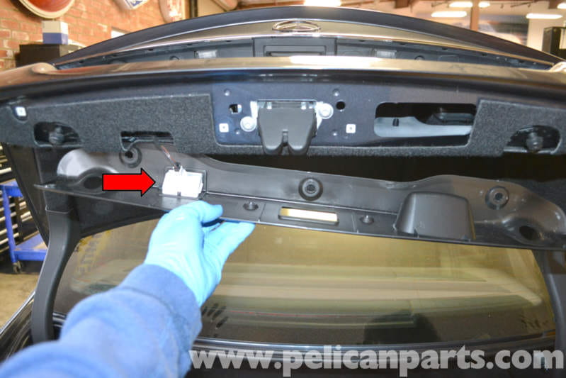 Mercedes Benz W204 Trunk Lock And Latch Replacement