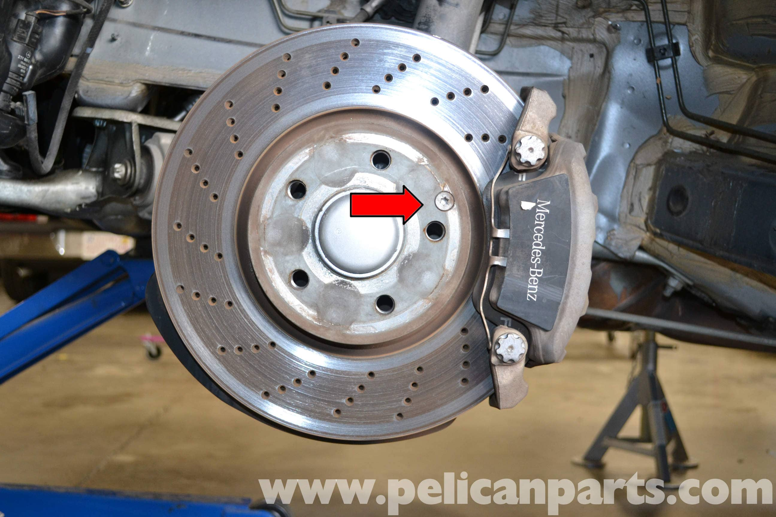 Mercedes Benz W204 Front Brake RotorDisc Replacement
