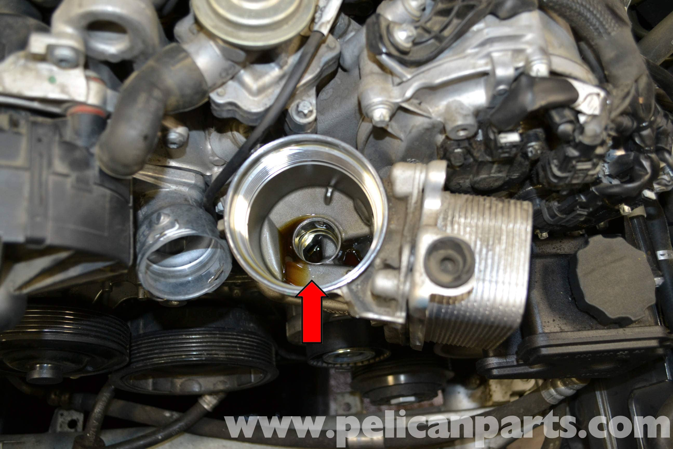 Mercedes benz w204 oil change 2008 2014 c250 c300 for How much is a mercedes benz oil change