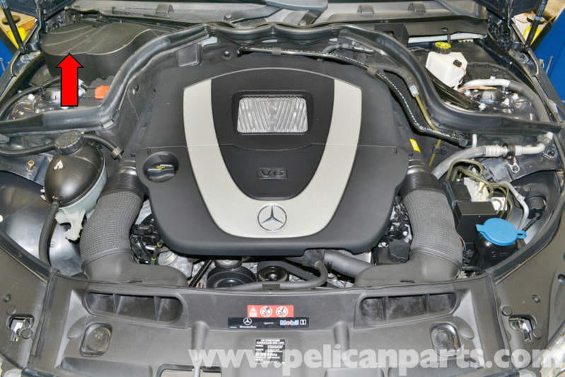 Mercedes-Benz W204 Battery Connection Notes and Replacement | W204