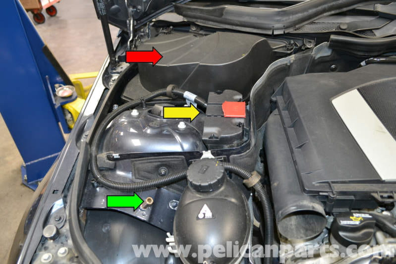mercedes benz  battery connection notes