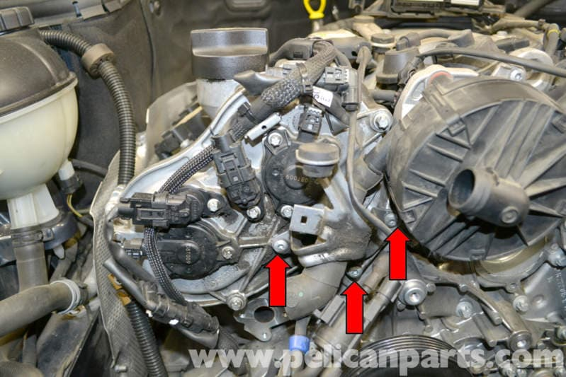 Mercedes-Benz W204 Cylinder Head Front Cover Replacement - (2008