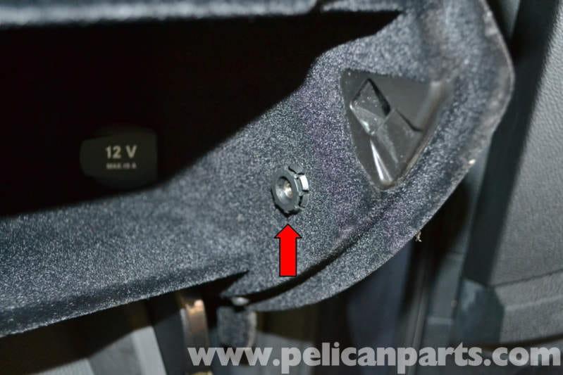 Mercedes Benz W204 Glove Box Removal 2008 2014 C250