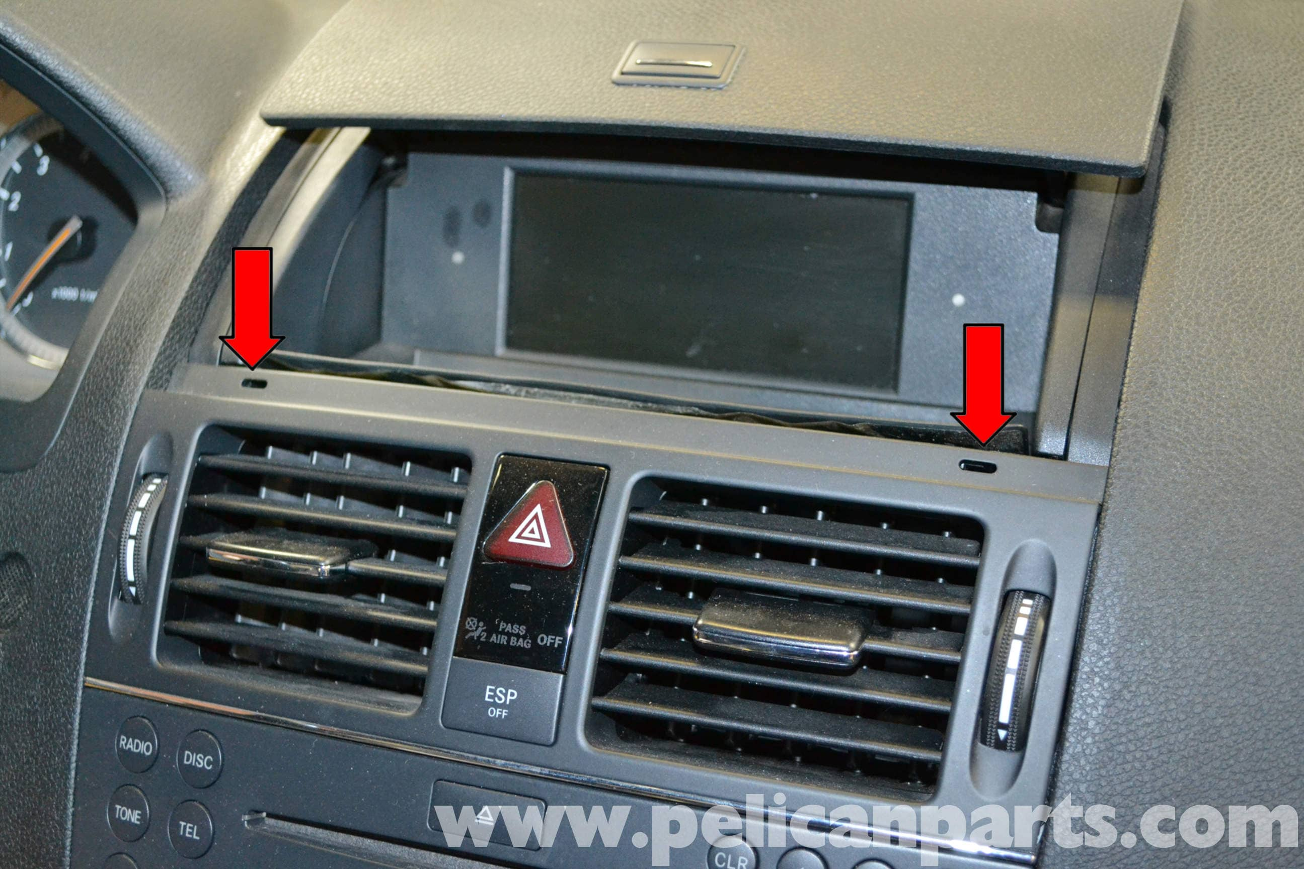 Mercedes Benz W204 Air Duct Vent Replacement 2008 2014