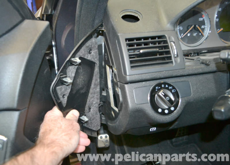 Mercedes-Benz W204 Headlight Switch Replacement - (2008-2014
