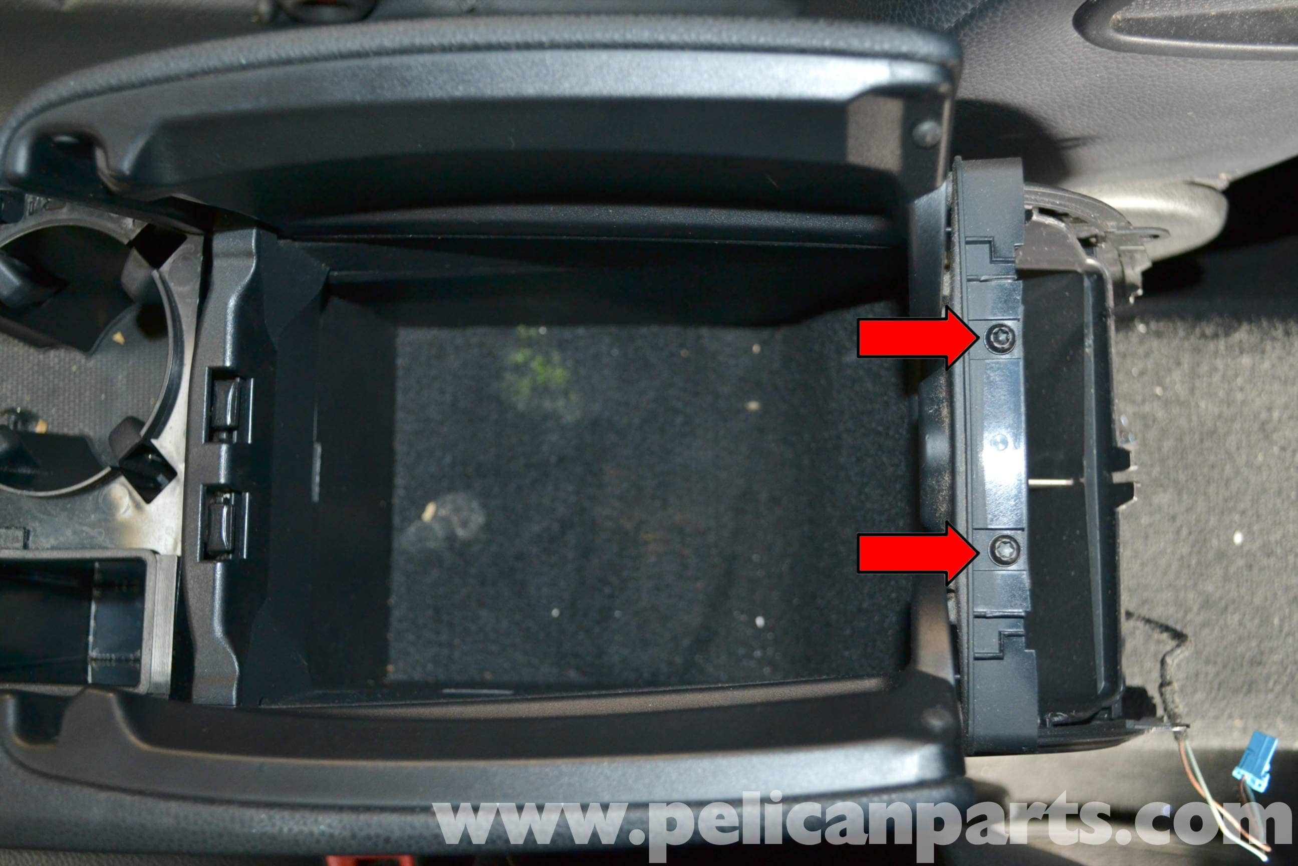 Mercedes Benz W204 Center Console Removal 2008 2014