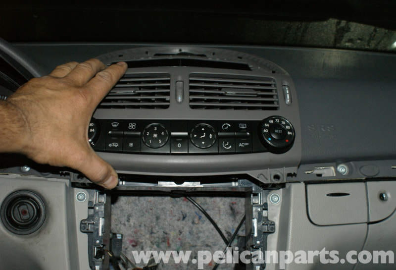 Mercedes Benz W211 Climate Control Unit Replacement 2003