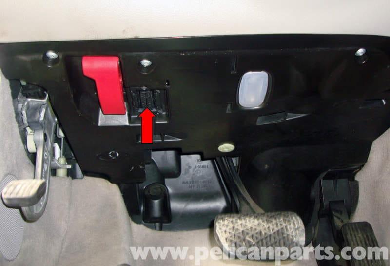 mercedes benz w211 reading vehicle fault codes 2003 2009. Black Bedroom Furniture Sets. Home Design Ideas