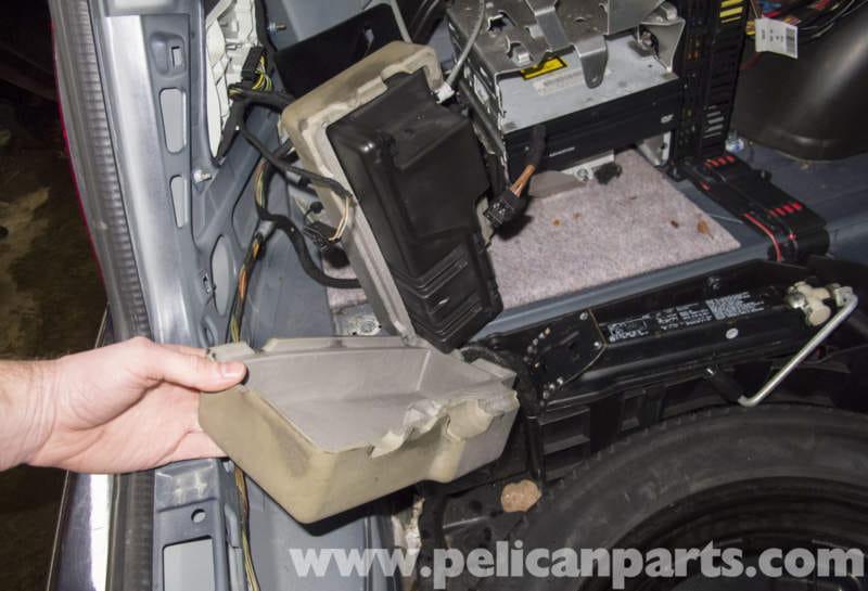 Mercedes benz w211 dynamic seat vacuum pump reservoir for Mercedes benz driver seat replacement