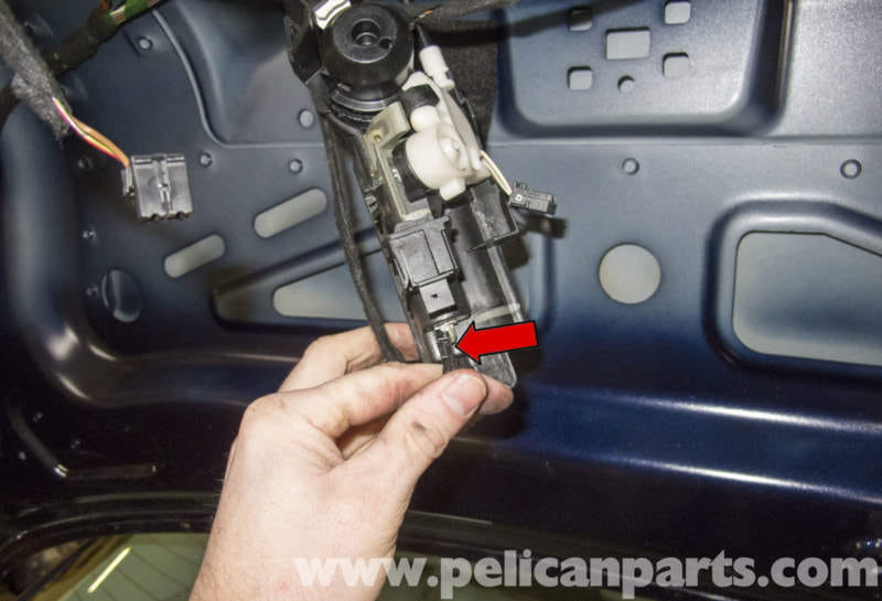Mercedes Benz W211 Trunk Lock Cylinder Handle And Latch