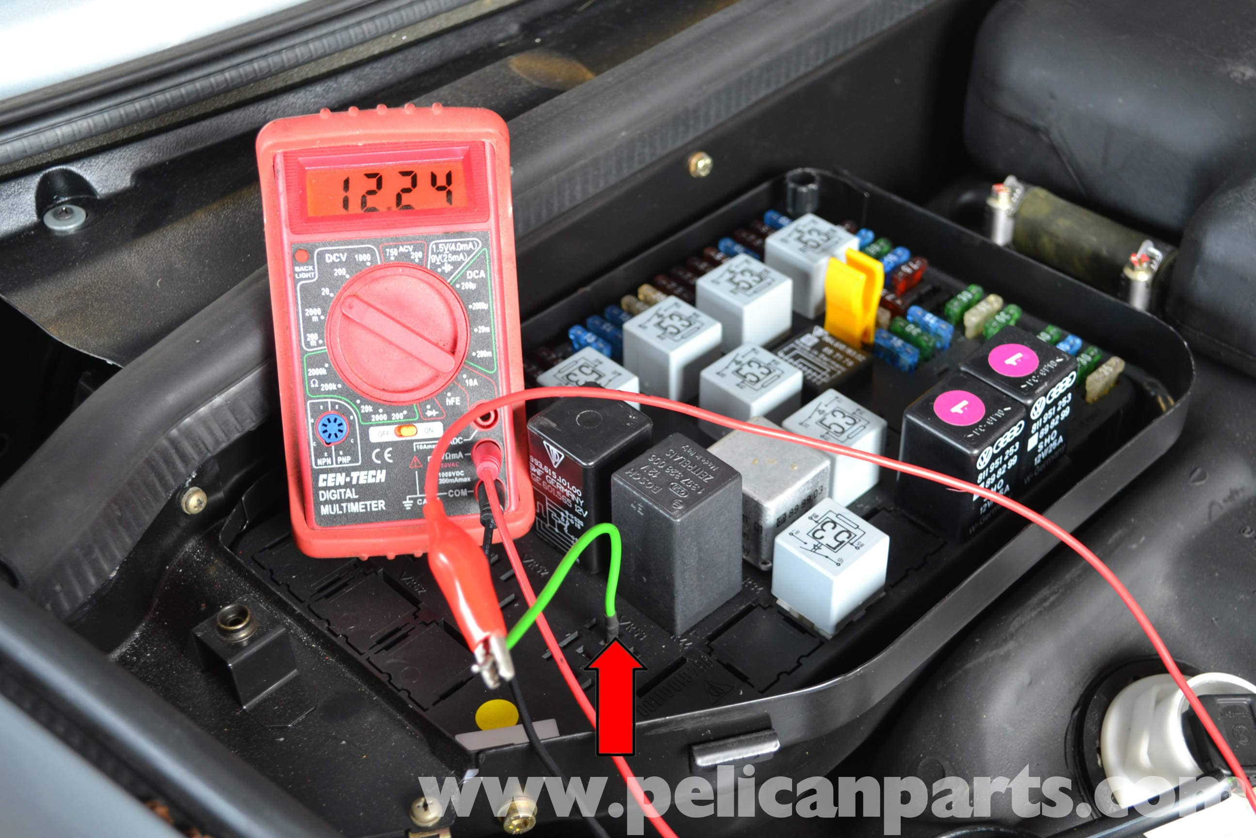 Pelican Technical Article Porsche 993 Dme Relay Trouble Shooting Test Car Fuse Box Multimeter Large Image Extra