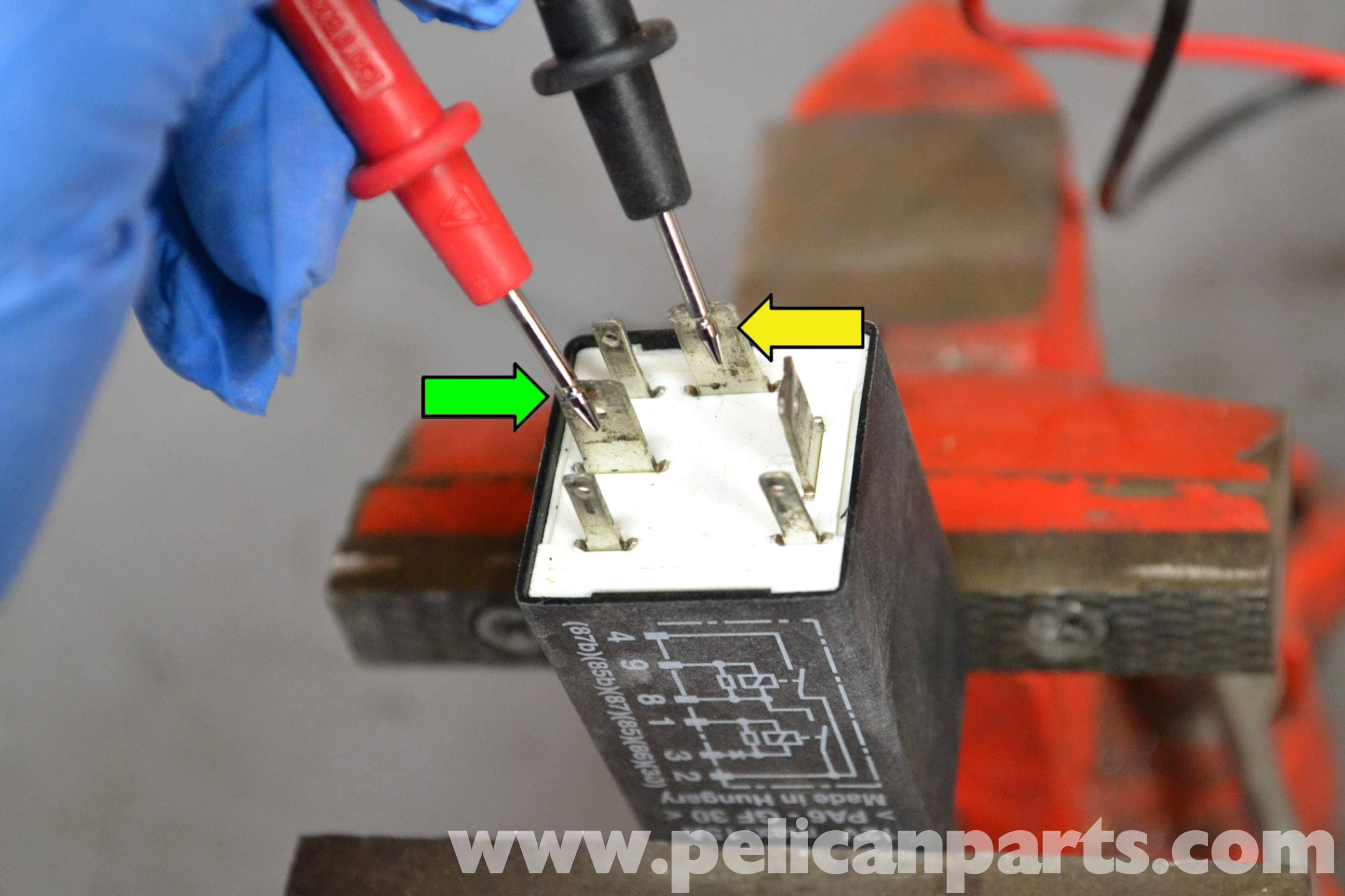 Pelican Technical Article Porsche 993 Dme Relay Trouble Shooting 964 Fuse Box Diagram Large Image