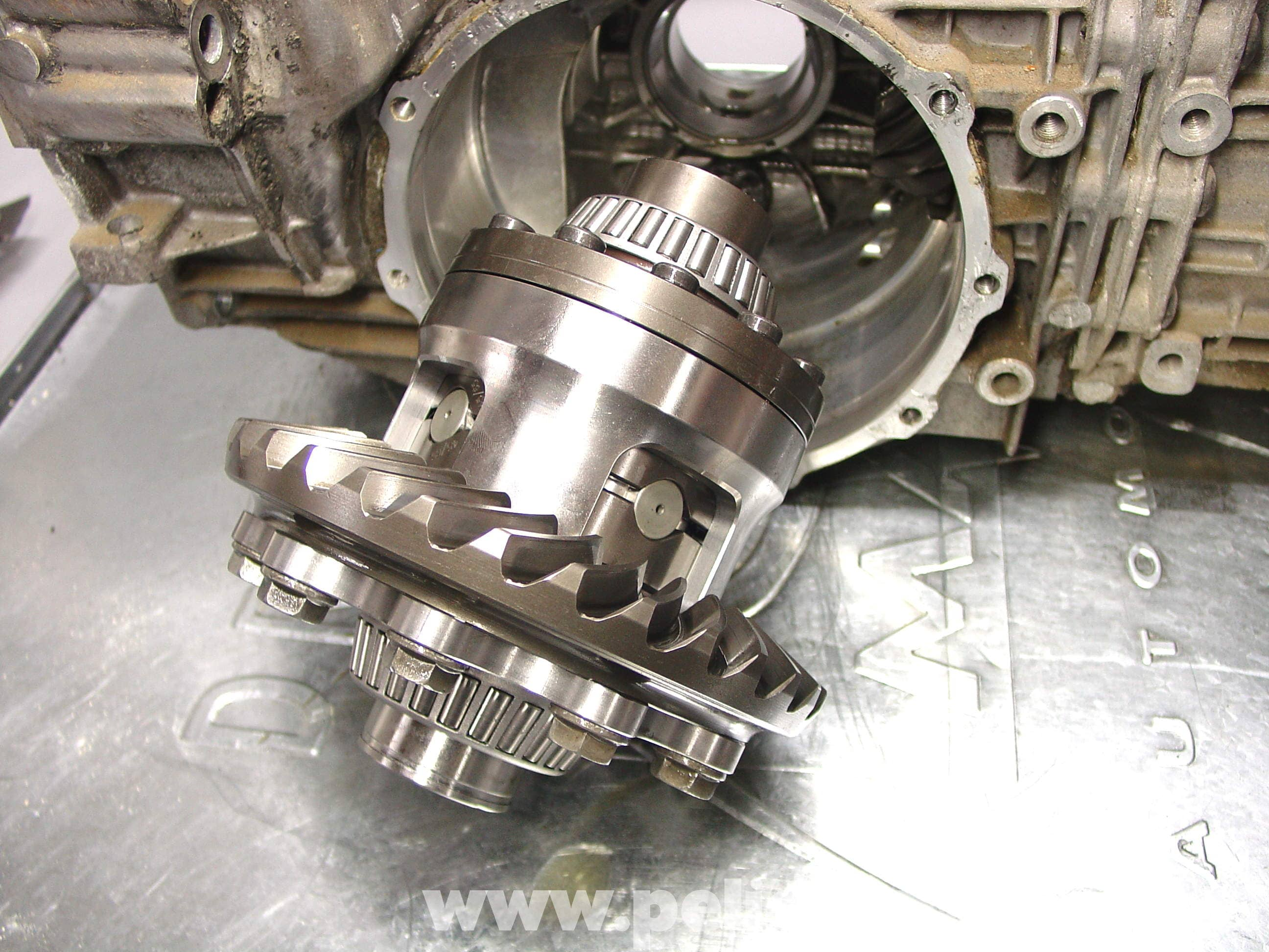 Replacing Porsche 911 Carrera Limited Slip Differential Carrier