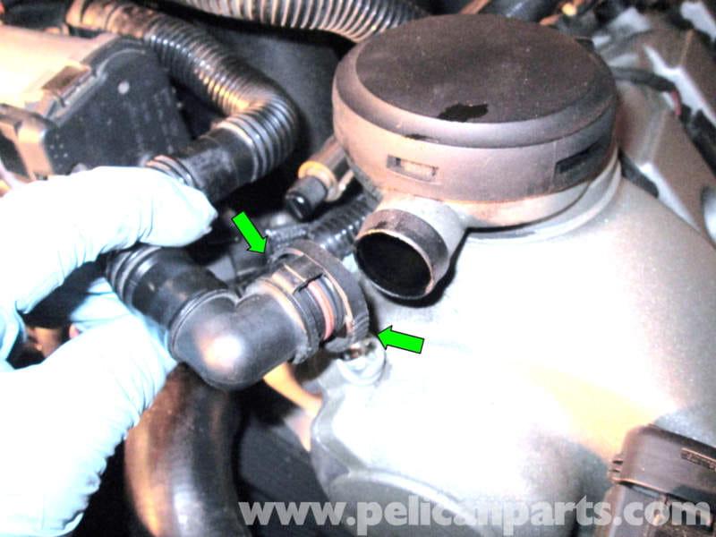Porsche Cayenne Repairing the Air-Oil Separator | 2003 ...