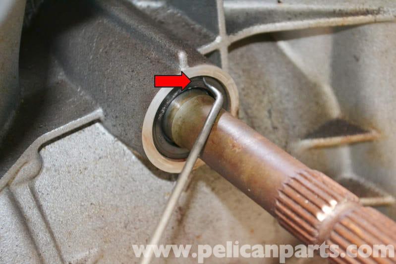 Porsche 944 Turbo Input Shaft Seal Replacement 1986 1991