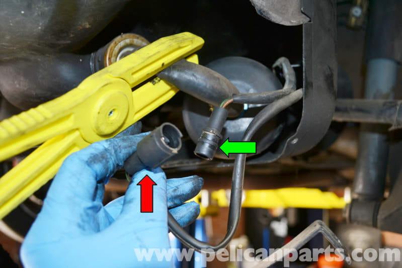 porsche 944 turbo fuel pump replacement 1986 1991 pelican parts rh pelicanparts com 1985 porsche 944 fuel pump relay location 1984 porsche 944 fuel pump relay location