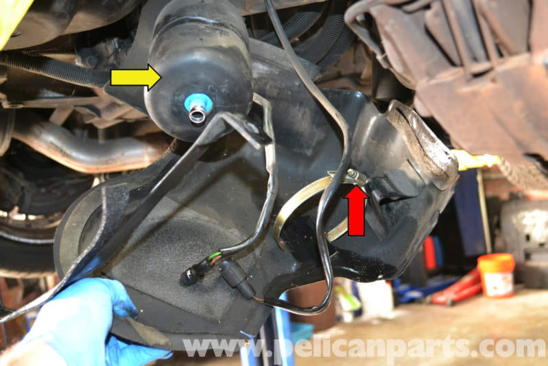 Porsche 944 Turbo Fuel Pump Replacement  1986