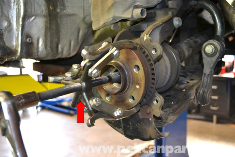 Volkswagen Golf GTI Mk IV Front Wheel Bearing Replacement