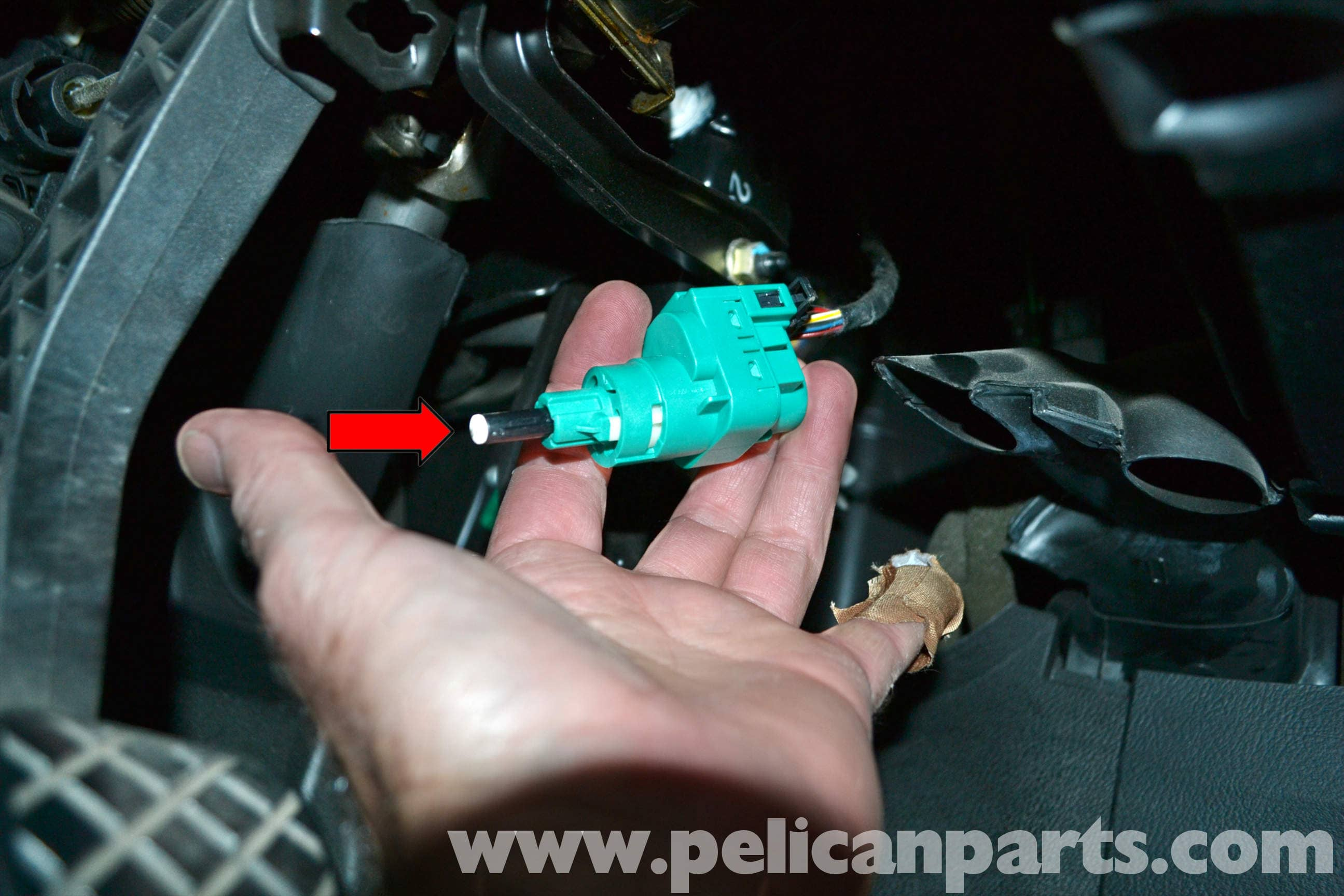 Volkswagen Golf GTI Mk IV Brake Light Switch Replacement (1999-2005 ...