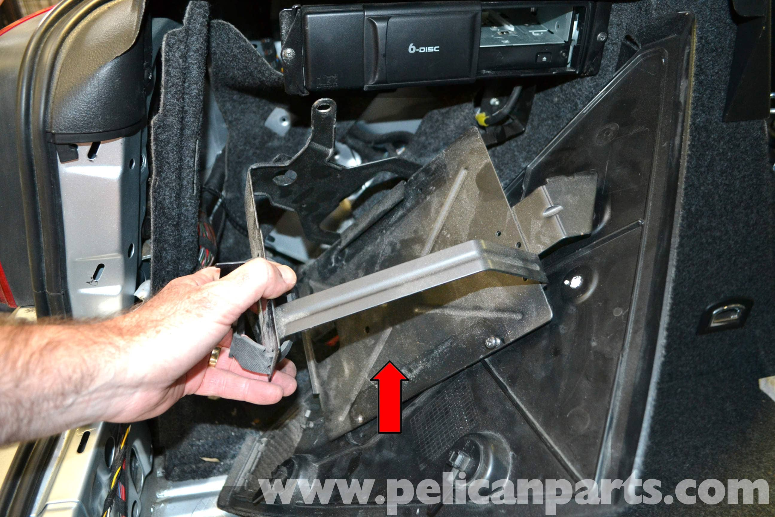 Volkswagen Golf Gti Mk Iv Taillight Bulbs And Assembly Replacement 2012 Jetta Tdi Fuse Relay Diagram Large Image Extra