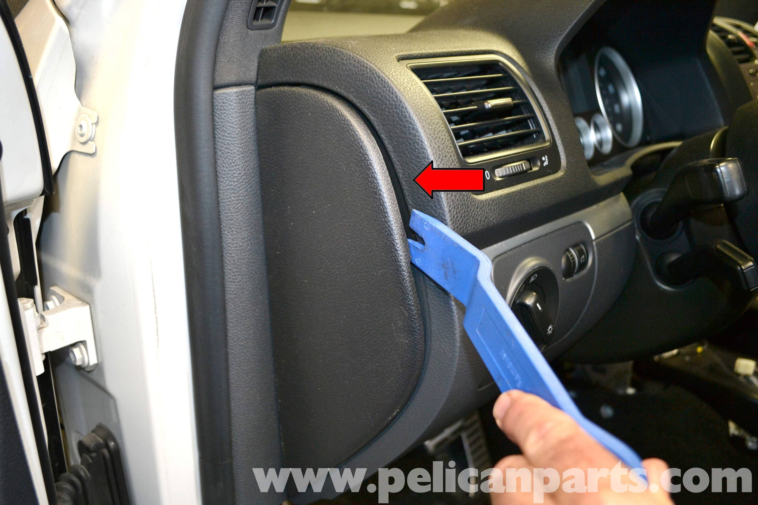 remove interior car door trim www indiepedia org 2002 Dodge Caravan Fuse  Box Location 2006 Dodge