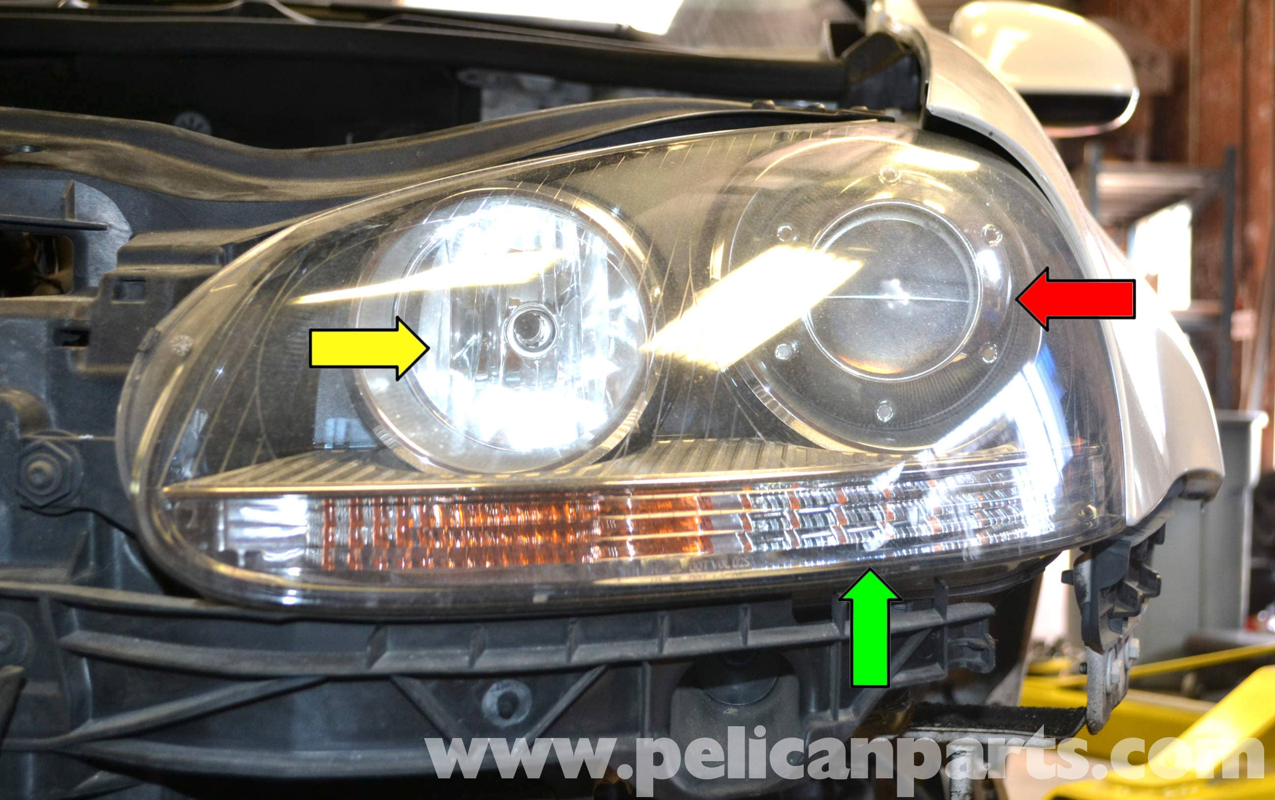 pic02 volkswagen golf gti mk v headlight bulb and assembly replacement 06 vw jetta headlight wiring diagram at fashall.co