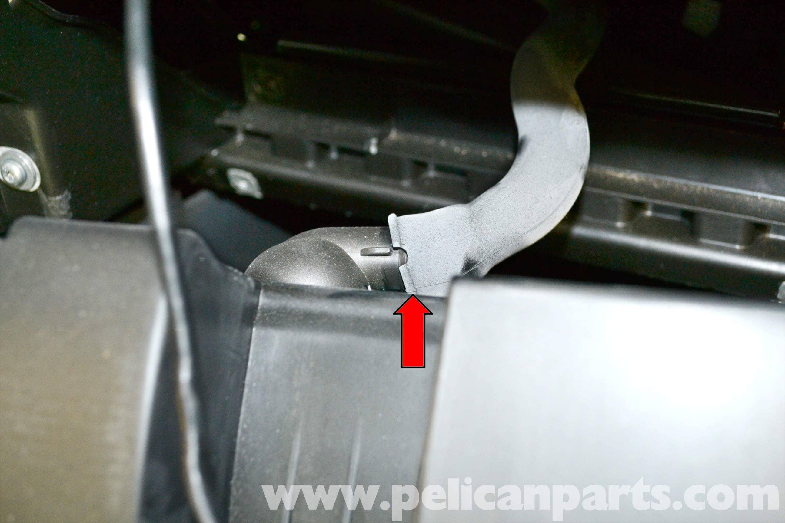 Volkswagen Golf GTI Mk V Glove Box Removal (2006-2009