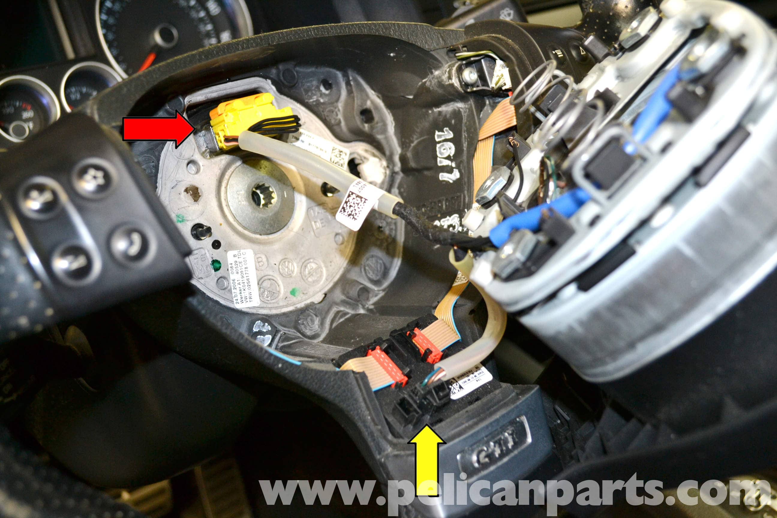 Volkswagen Golf Gti Mk V Steering Wheel And Air Bar Removal 2006 Jetta Airbag Wiring Diagram Large Image Extra