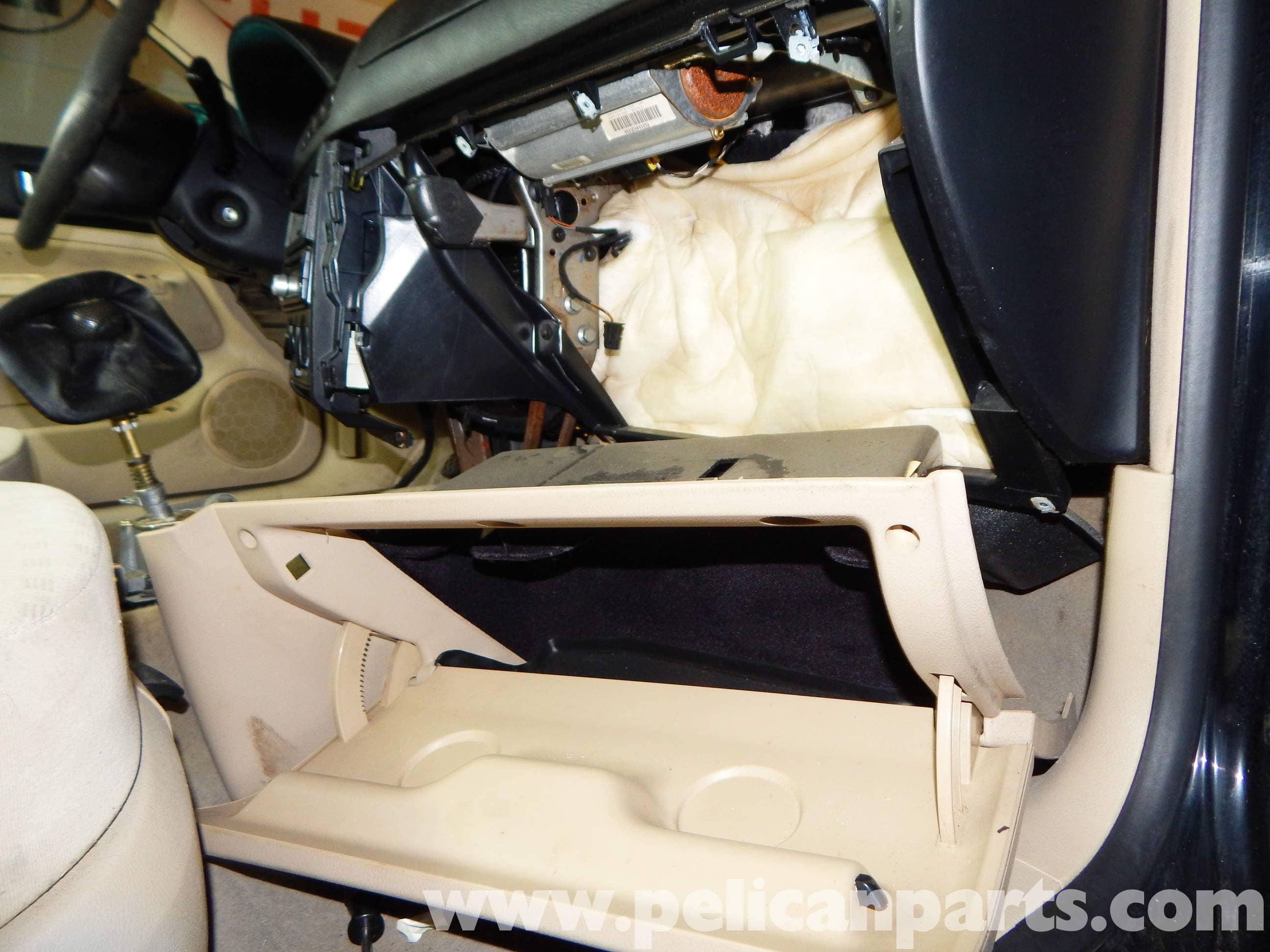 Volkswagen Jetta Mk4 Glove Box Removal | Jetta Mk4 2 0L (1998-2005