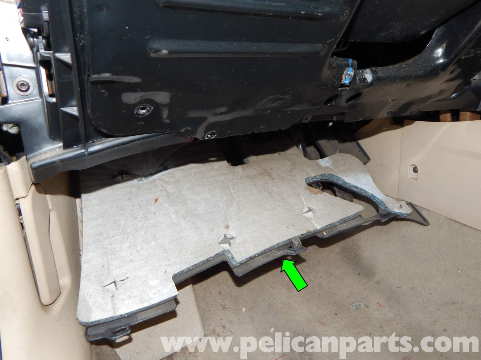 Volkswagen Jetta Mk4 Lower Dashboard Panel Removal 20l For Mark 3 Fuse Box Large Image