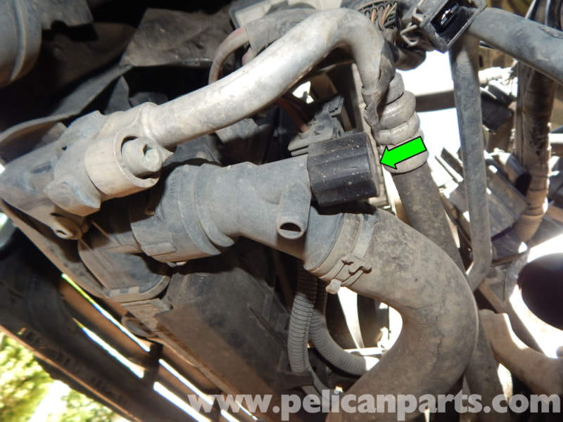 How To Flush Coolant System >> Volkswagen Jetta Mk4 Coolant Flush and Replacement   Jetta ...