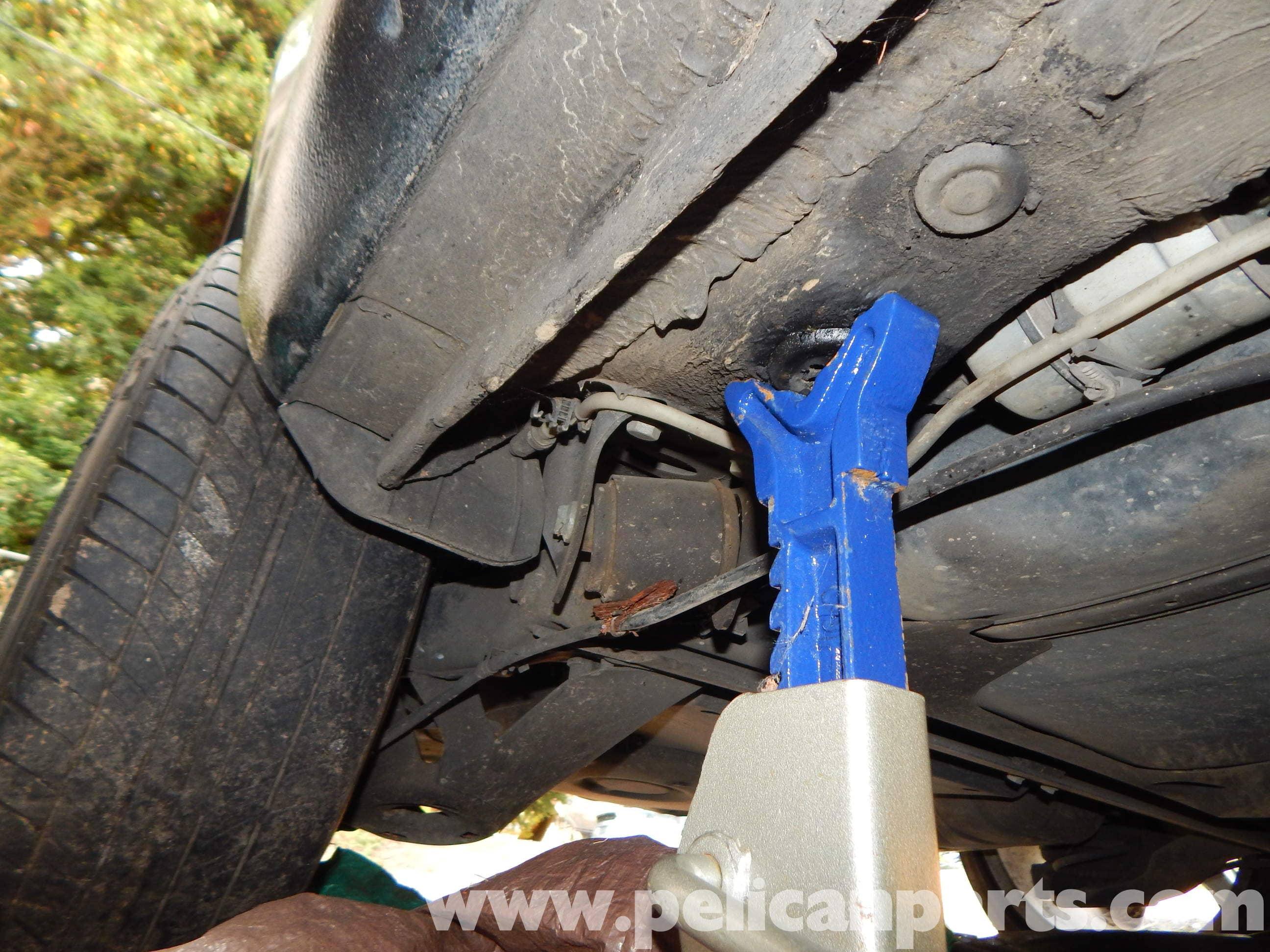 Volkswagen Jetta Mk4 Jacking Up Your Mk4 Jetta | Jetta Mk4 2.0L (1998-2005) | Pelican Parts DIY ...