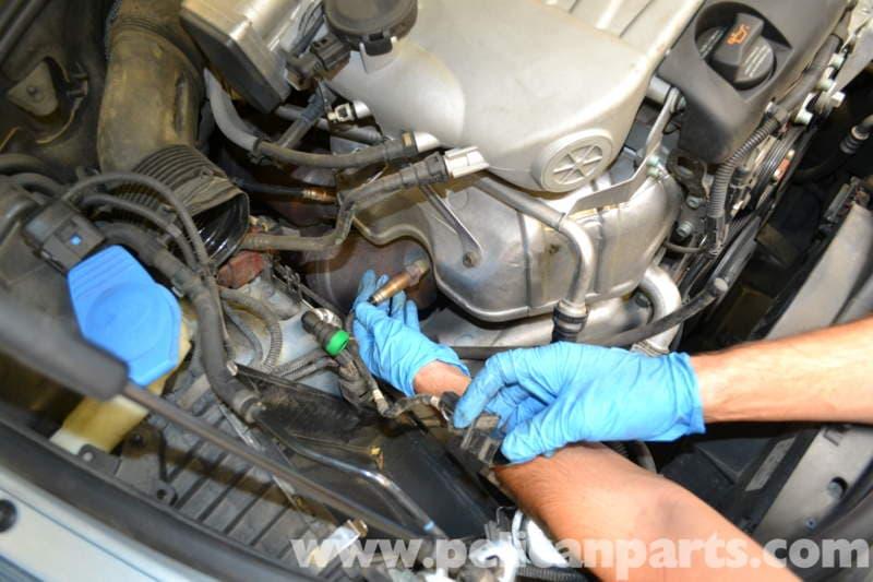 pelican technical article volkswagen touareg oxygen sensor rh pelicanparts com Volkswagen Touareg Commercial Volkswagen Touareg Diesel