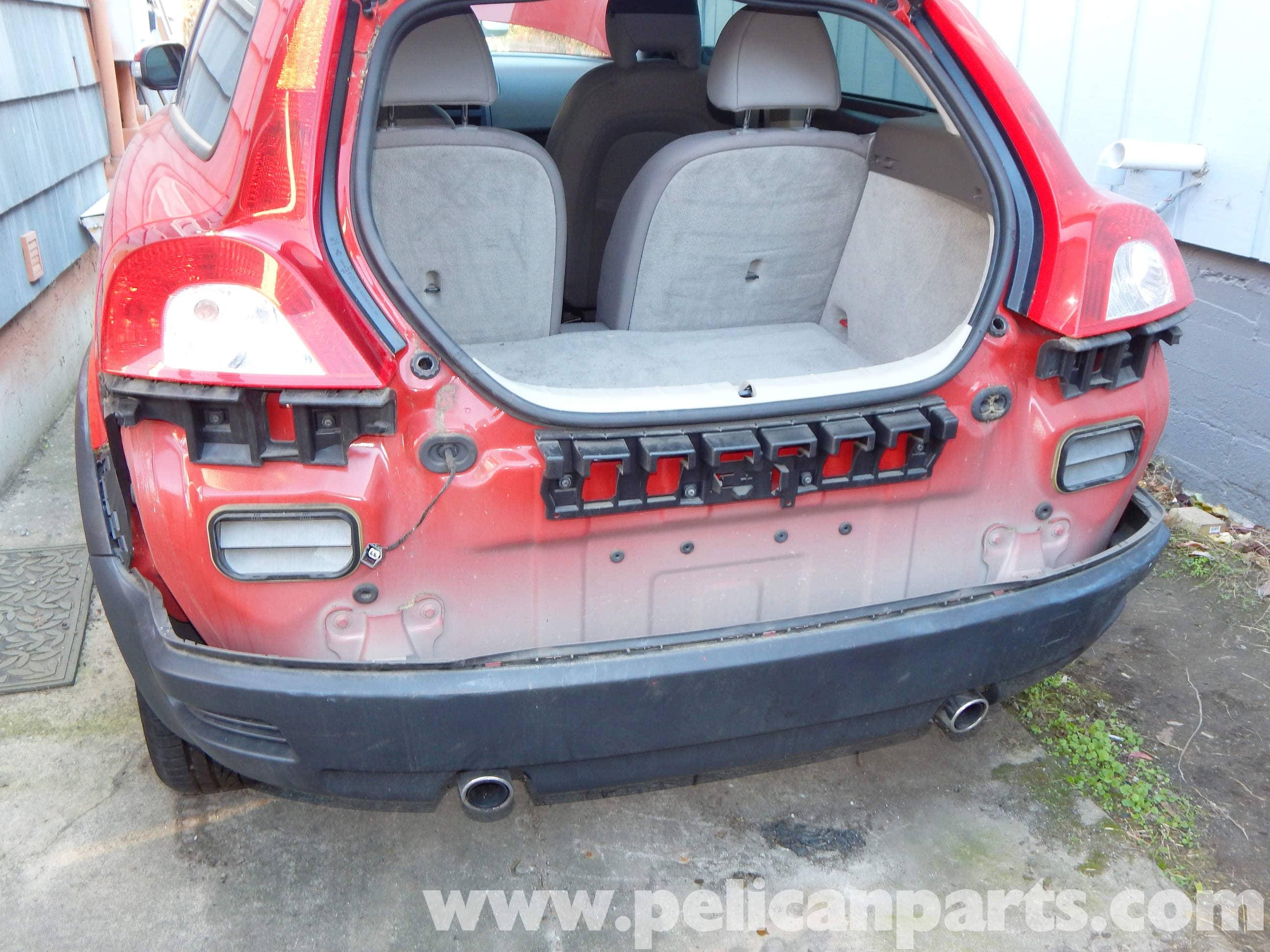 Volvo C30 Rear Bumper Cover Removal | C30 T5 (2008-2013