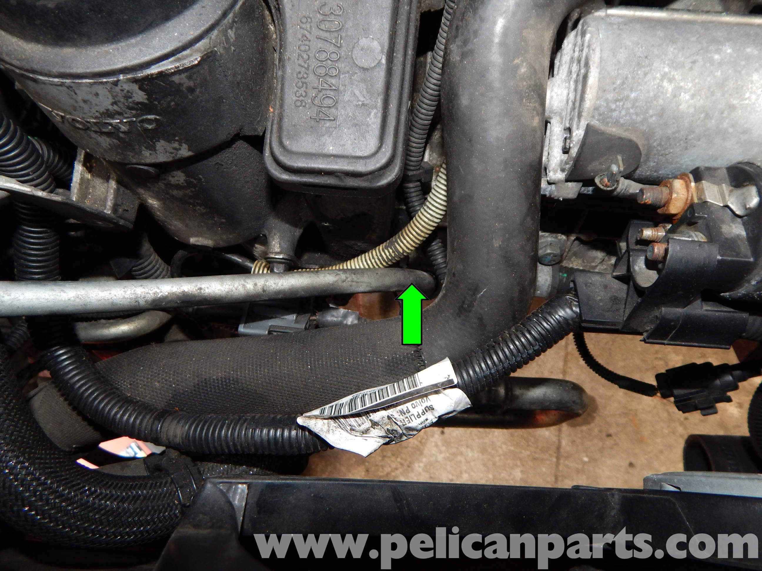 Volvo C30 Oil Pressure Sender Replacement | C30 T5 (2008-2013), C30 ...