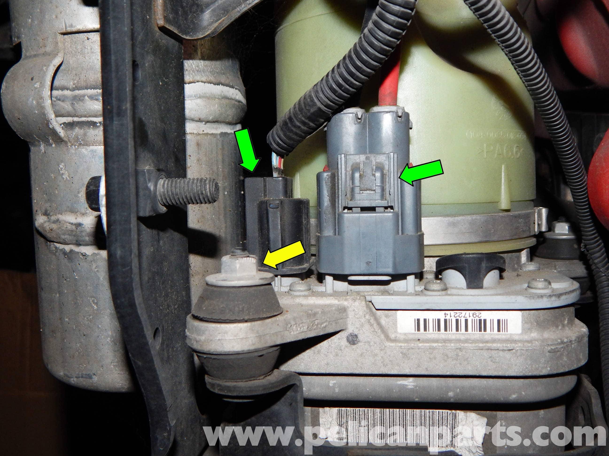 Volvo C30 Power Steering Pump Replacement C30 T5 2008