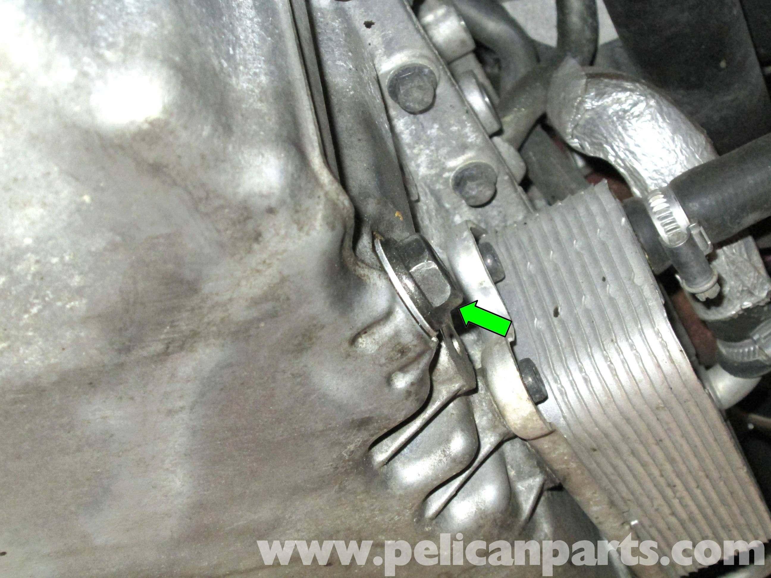 Volvo C30 Oil Change (2007-2013) - Pelican Parts DIY Maintenance Article