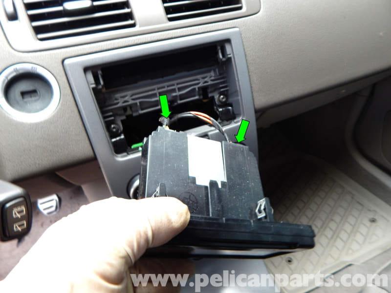 Volvo C30 Stereo Removal (2007-2013) - Pelican Parts DIY ...