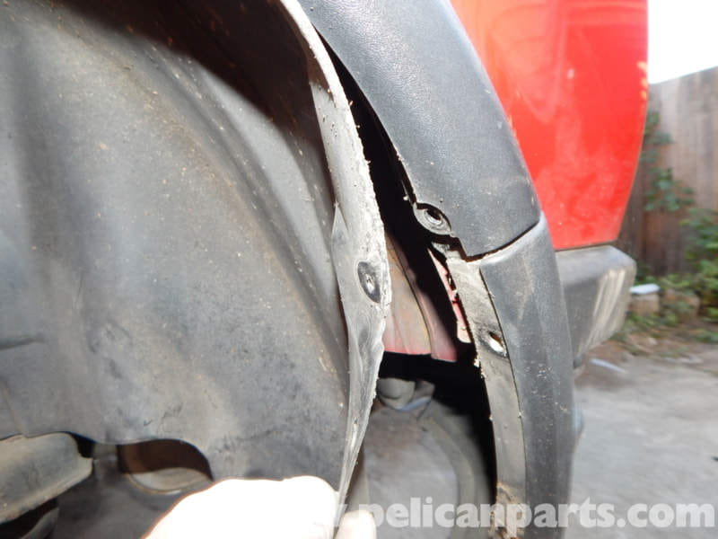 Volvo C30 Rear Wheel Well Removal 2007 2013 Pelican