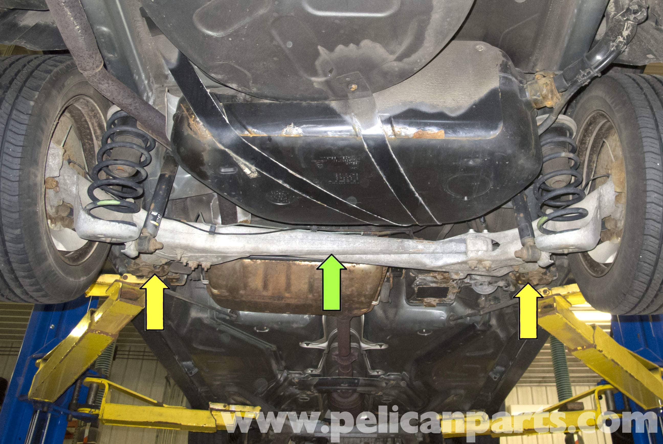 Volvo V70 Jacking Up Your Vehicle 1998 2007 Pelican