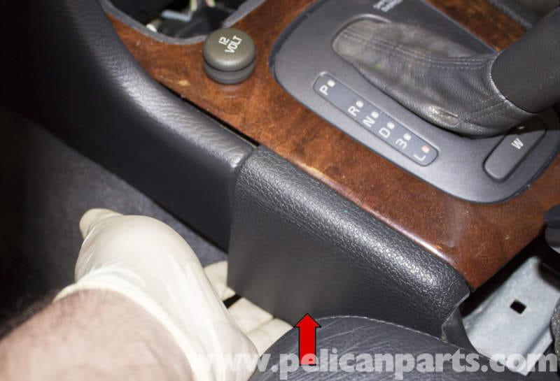 Pic on 2000 Volvo S70 Interior